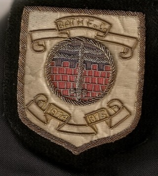 The last blazer badge style before the professional era began in 1996