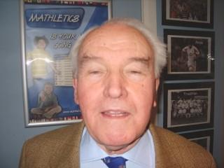 Player Dan Hinchley