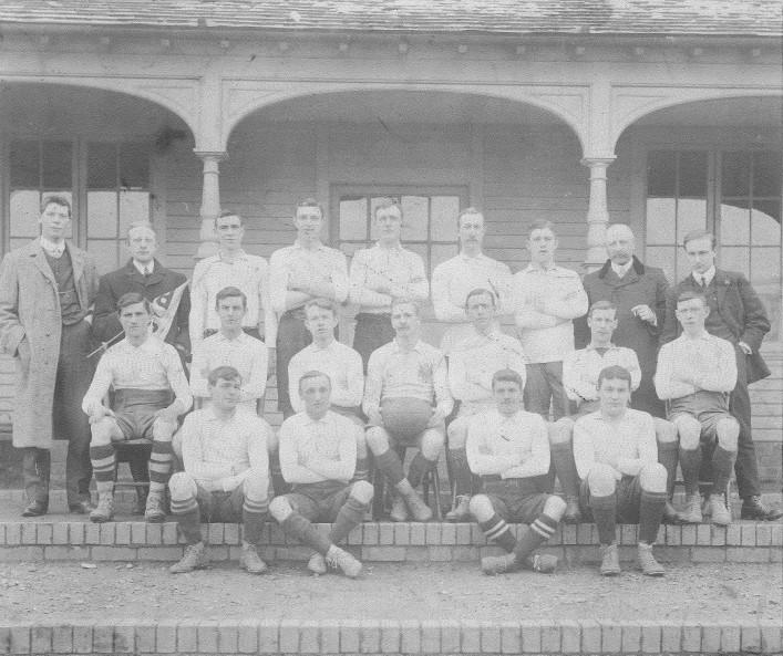 1907-1908 Team photograph