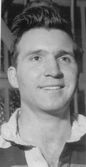 Player Mervyn Davey